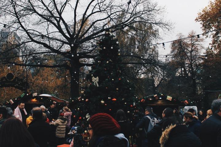 Немският коледен базар в София: отброяването до Коледа стана официално. Какво можем да открием тазигодина?